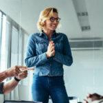 ¿Se puede motivar a un empleado sin subirle el sueldo?