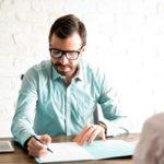 Cómo hacer una entrevista de trabajo a un candidato: 4 tips
