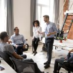 Líder y jefe: similitudes y diferencias